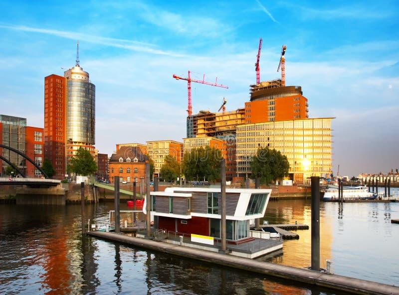 Tramonto a Amburgo fotografia stock libera da diritti