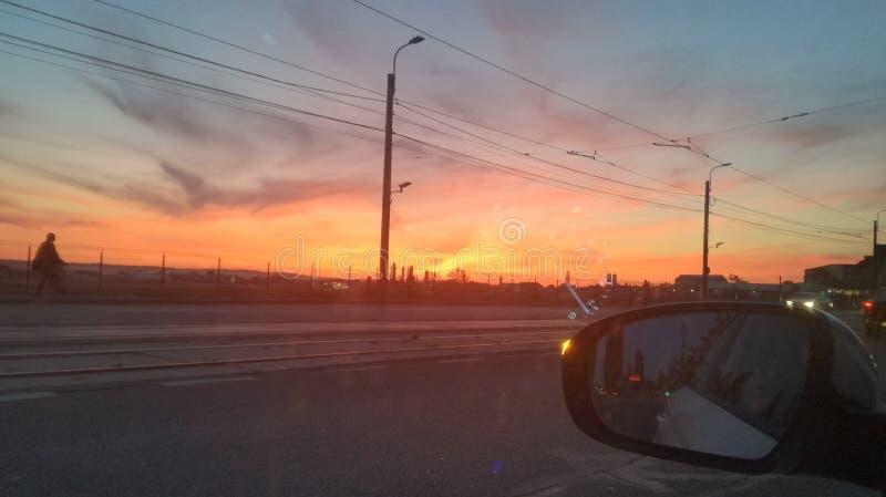 Tramonto a Craiova, Romania fotografie stock libere da diritti