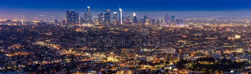 Tramonto del centro di Los Angeles fotografie stock libere da diritti