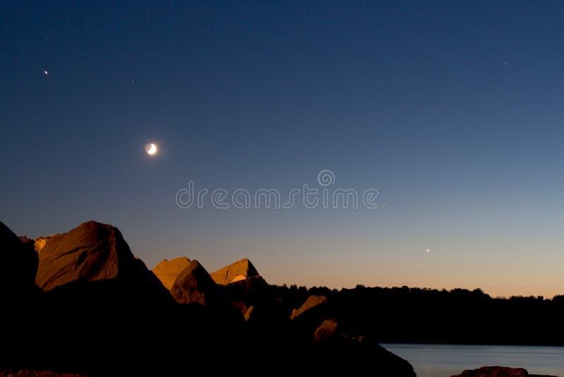 Download Tramonto del mare fotografia stock. Immagine di luna, stelle - 201968