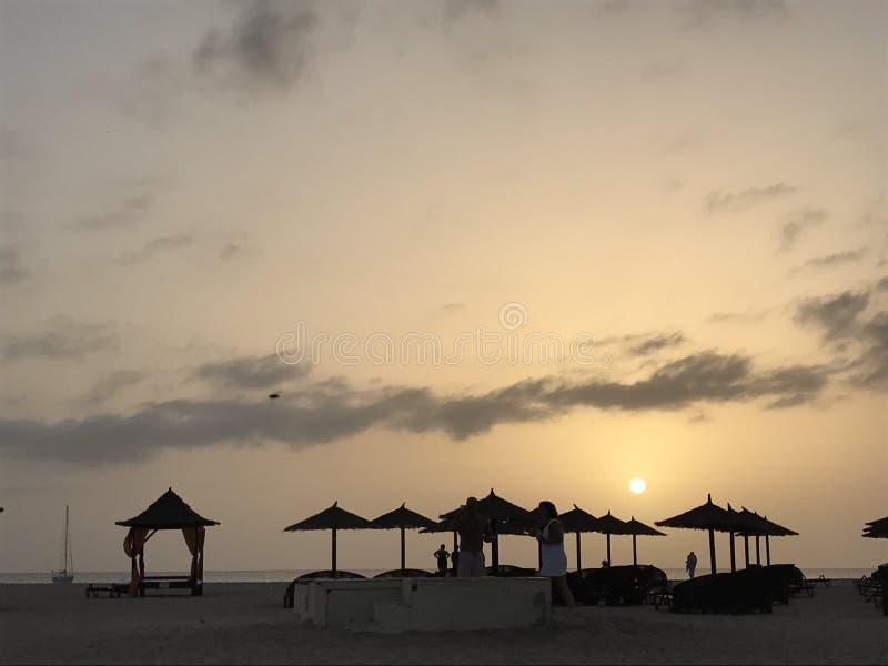 Tramonto della capanna della spiaggia immagini stock libere da diritti
