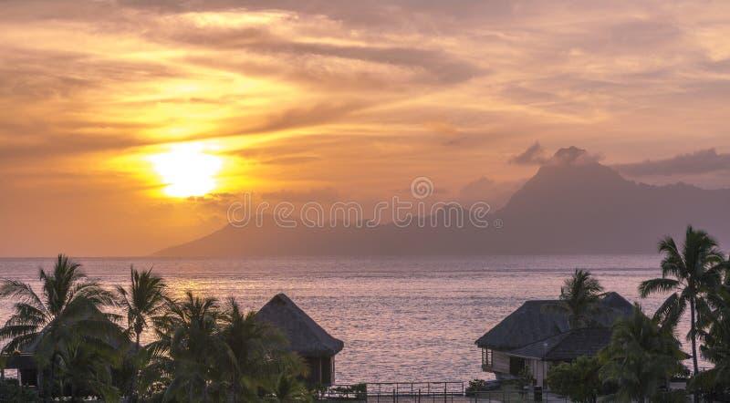Tramonto della Tahiti immagini stock