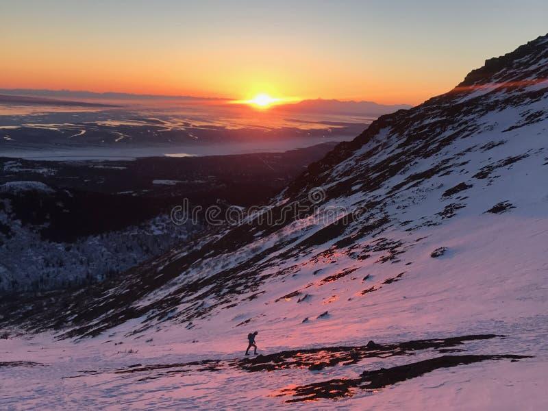Tramonto di Anchorage a coperchio piatto, Alaska immagini stock