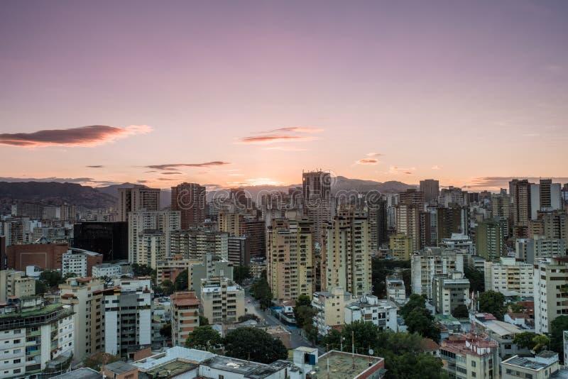 Tramonto di Caracas, vista ad ovest immagini stock libere da diritti