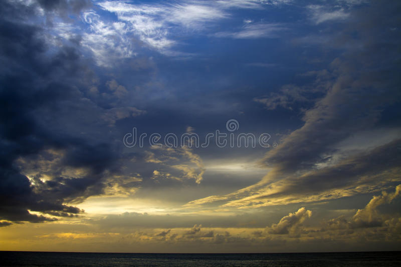 Tramonto di Kauai, Hawai immagini stock libere da diritti