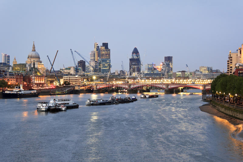 Tramonto di Londra fotografia stock libera da diritti