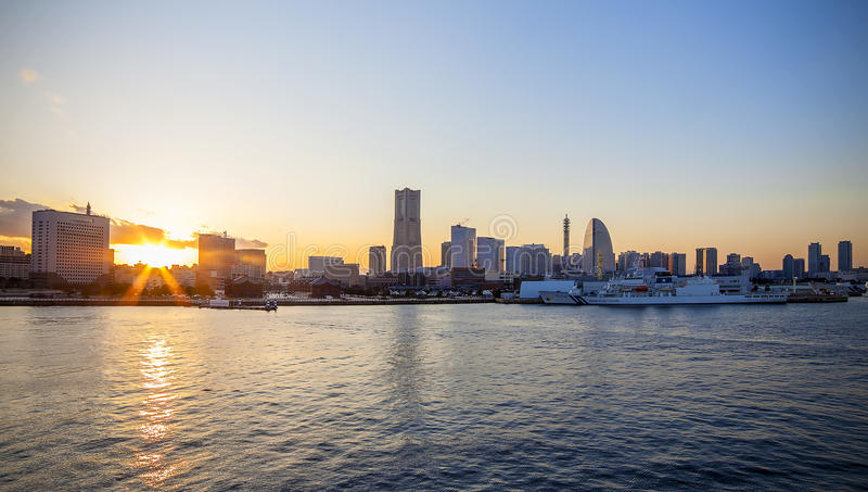 Tramonto di Yokohama Osanbashi immagine stock
