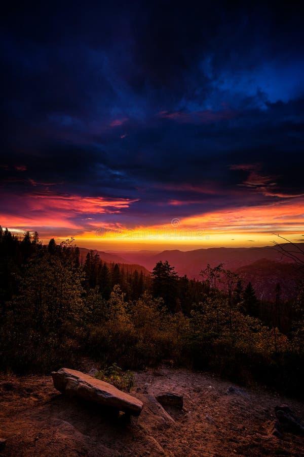 Tramonto di Yosemite fotografie stock
