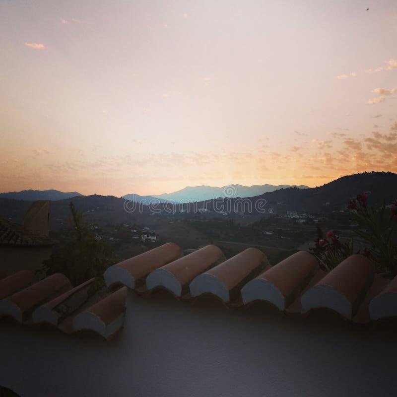 tramonto e colline fotografia stock libera da diritti