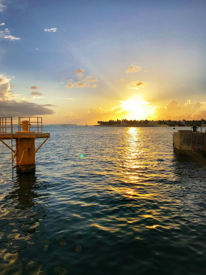tramonto in Key West, Florida a Mallory Square immagine stock libera da diritti