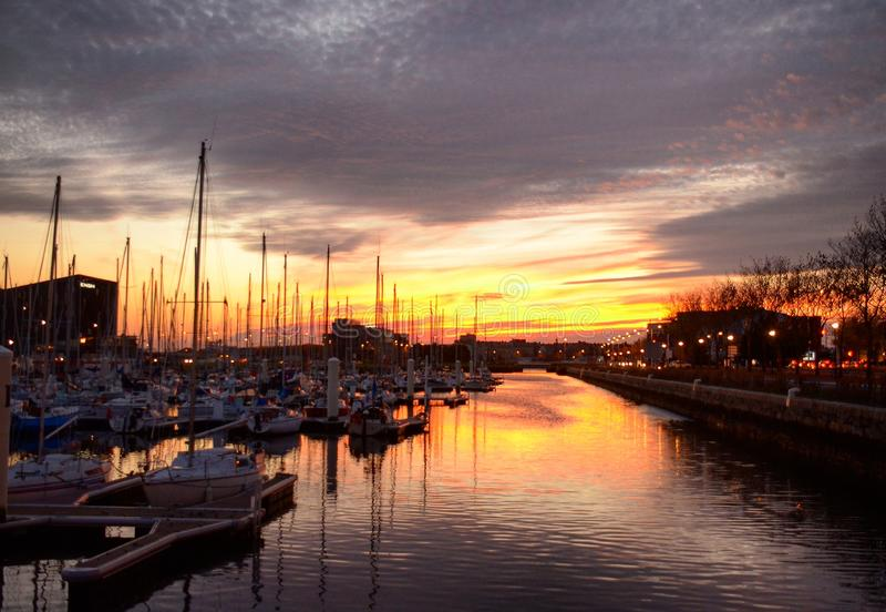 Tramonto le Havre Francia immagini stock