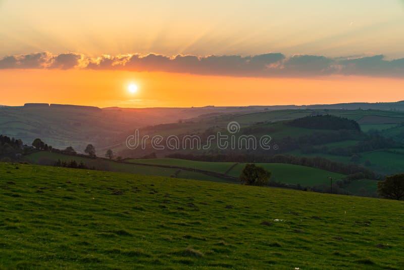 Tramonto nello Shropshire, Inghilterra, Regno Unito fotografie stock