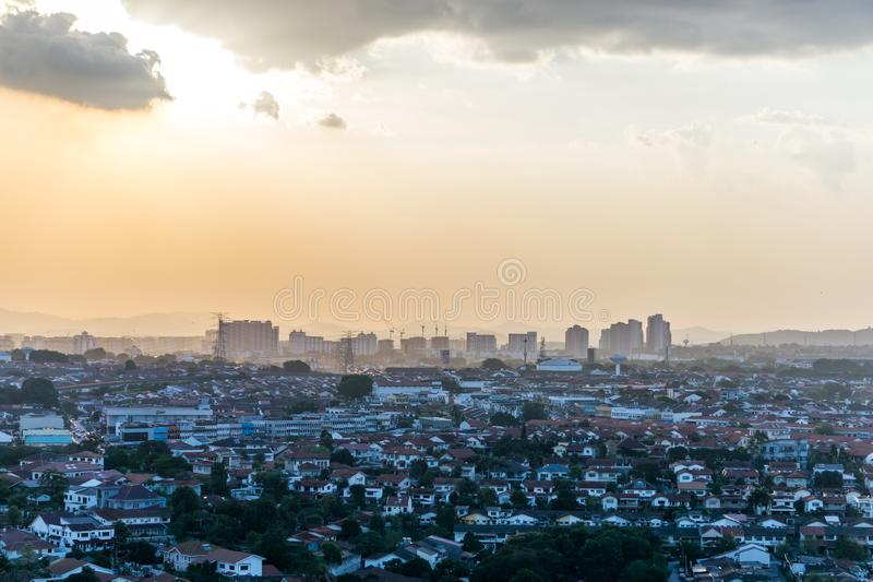 Tramonto in Petaling Jaya, Selangor, Malesia fotografia stock libera da diritti