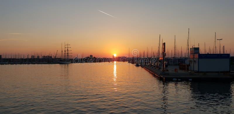 Tramonto in porto di Valencia fotografia stock