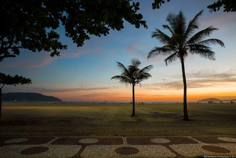Tramonto in Santos Beach fotografia stock