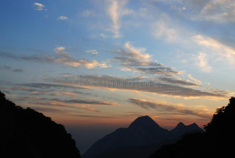 Tramonto in Songshan (il Monte Song) fotografia stock