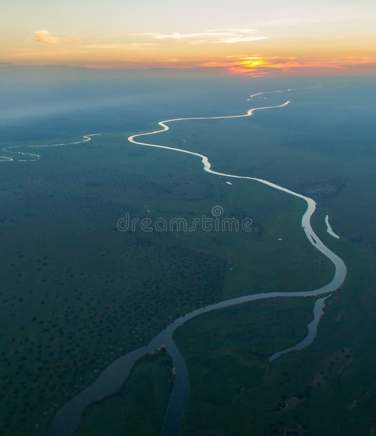 Tramonto sopra il fiume di Kafue immagini stock libere da diritti