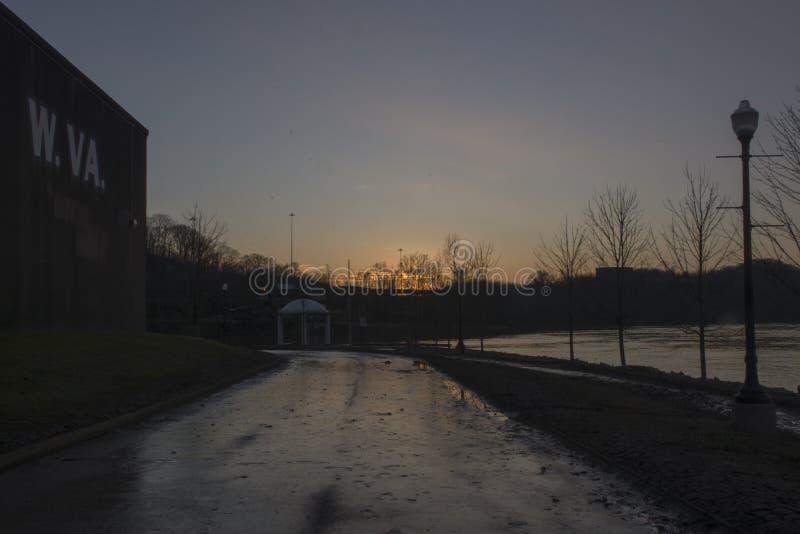 Tramonto sopra il fiume Ohio fotografia stock