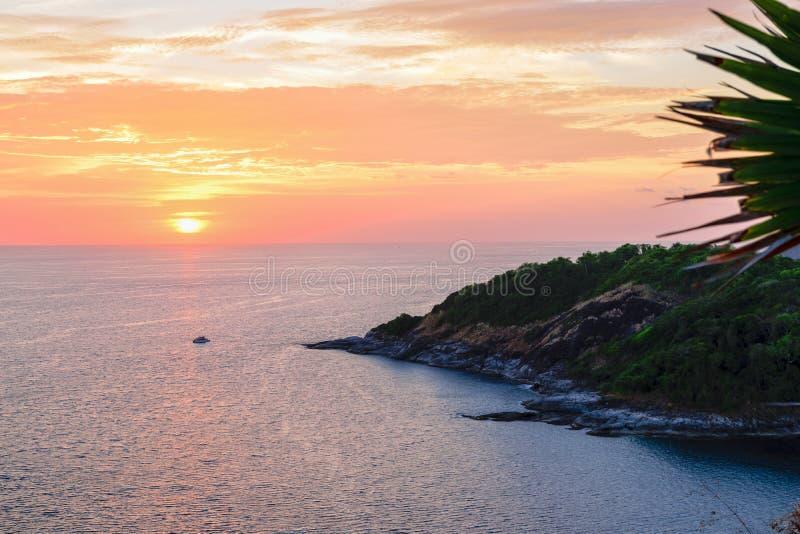 Tramonto sopra il mare delle Andamane fotografie stock libere da diritti