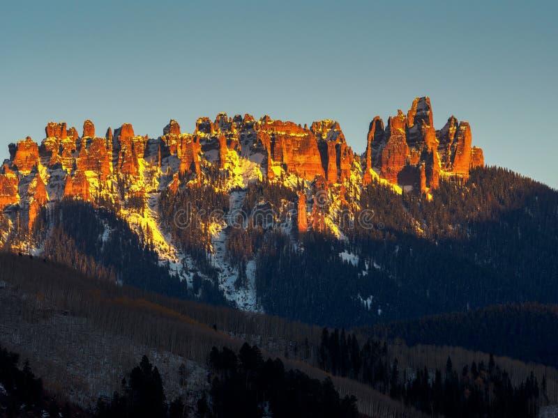 Tramonto sopra la catena montuosa del tribunale vicino a Ridgway, Colorado fotografia stock