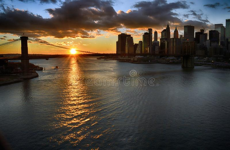 Tramonto sopra Manhattan fotografia stock
