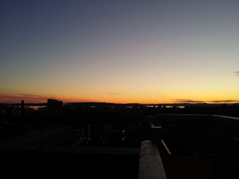 Tramonto sopra Oslo immagini stock libere da diritti