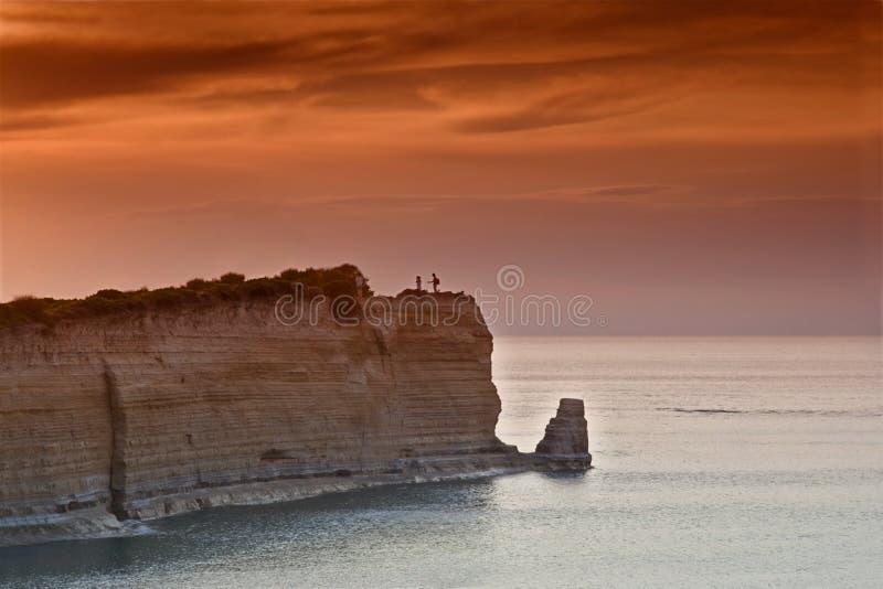 Tramonto sopra Sidari all'isola di Corfù immagini stock libere da diritti