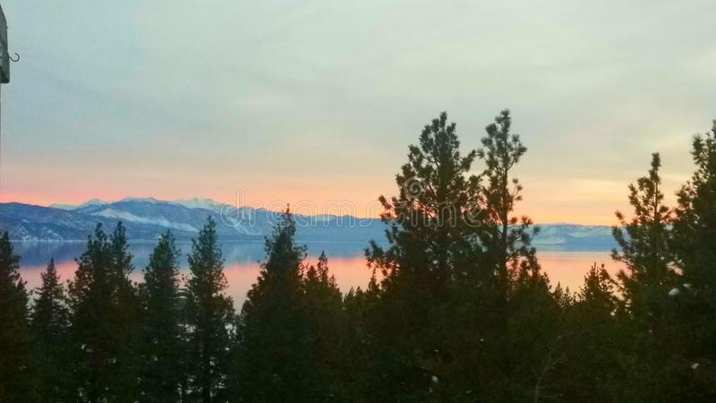 Tramonto su Tahoe fotografia stock libera da diritti