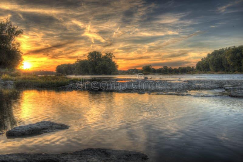 Tramonto sul fiume di Maumee immagine stock