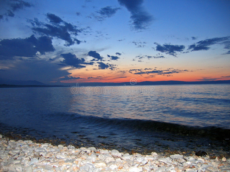 Tramonto sul lago del baikal fotografie stock