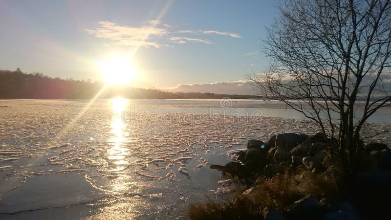 Tramonto sul lago Siljan immagine stock