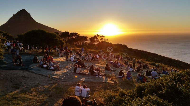 Tramonto sulla collina Cape Town del segnale immagine stock