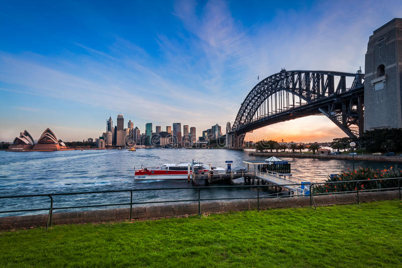 Tramonto in Sydney Harbour, Australia fotografia stock libera da diritti