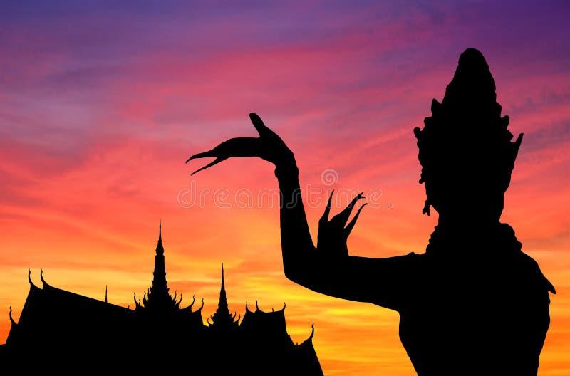 Tramonto tailandese di ballo royalty illustrazione gratis