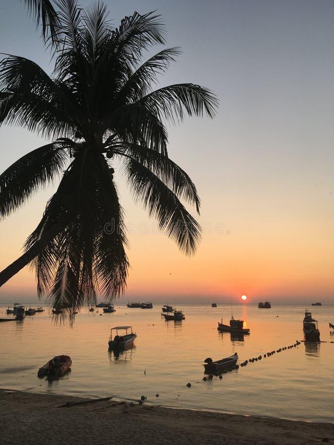 Tramonto Tailandia dell'isola fotografia stock