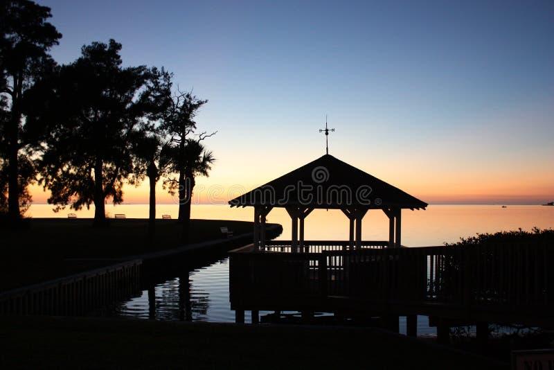 Tramonto Tarpon Springs (FL) del gazebo fotografie stock