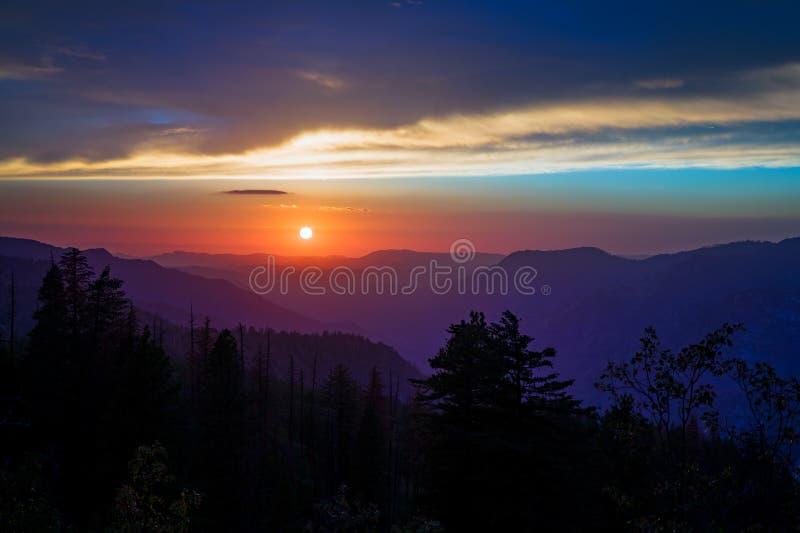 Tramonto a Yosemite fotografia stock libera da diritti