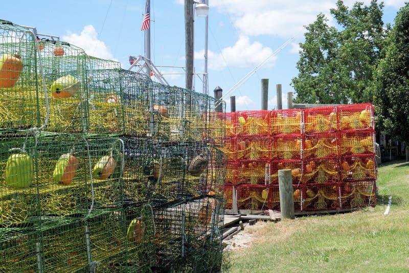 Trampas de la cesta del cangrejo y de los pescados foto de archivo