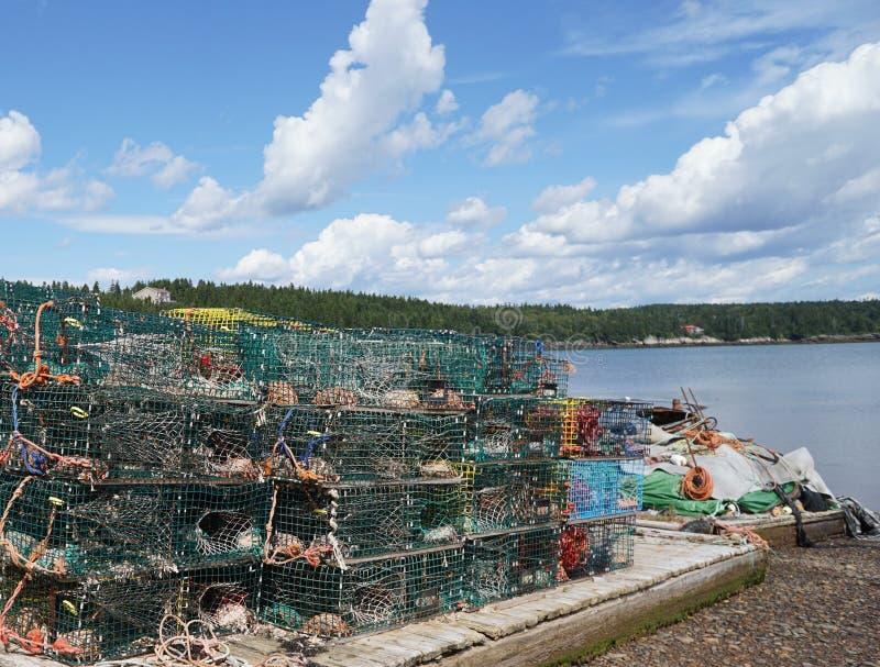 Trampas de la langosta, pueblo pesquero en Nuevo Brunswick imágenes de archivo libres de regalías