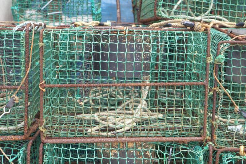 Trampas de la pesca en el puerto de Ribadesella foto de archivo