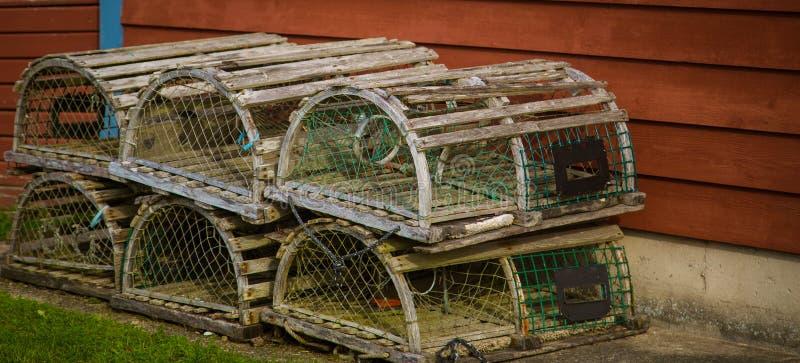 Trampas de madera de la langosta en bretón del cabo fotografía de archivo