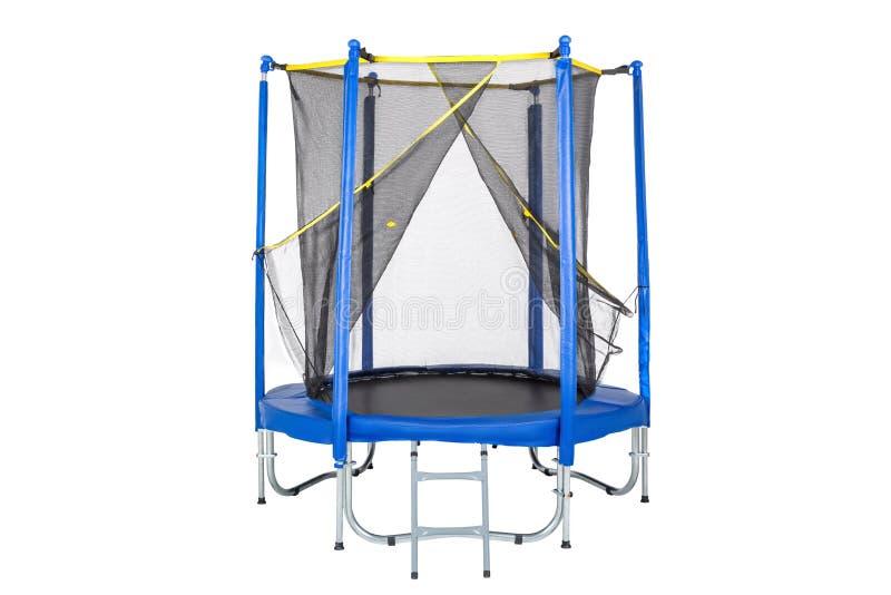 Trampoline voor kinderen en volwassenen voor pret binnen of openluchtgeschiktheid die op witte achtergrond springen Blauwe Geïsol stock foto's