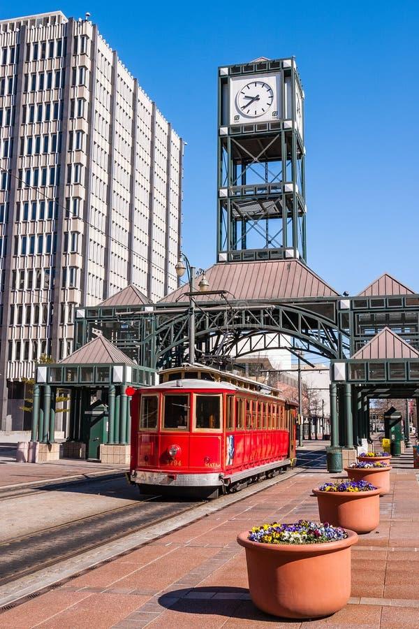 Tramwaj w w centrum Memphis, Tennessee obraz royalty free