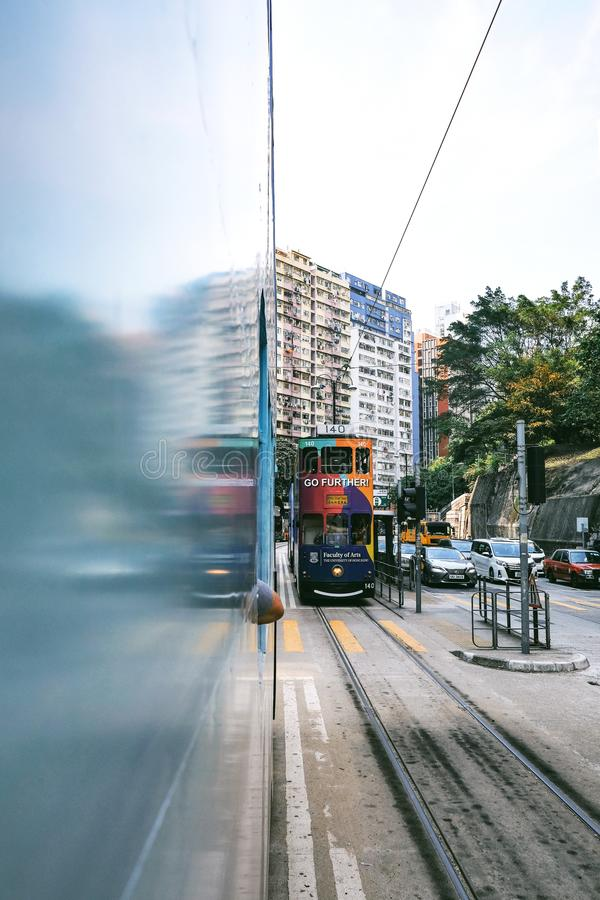 Tramwaje i pojazdy na drodze i obraz royalty free