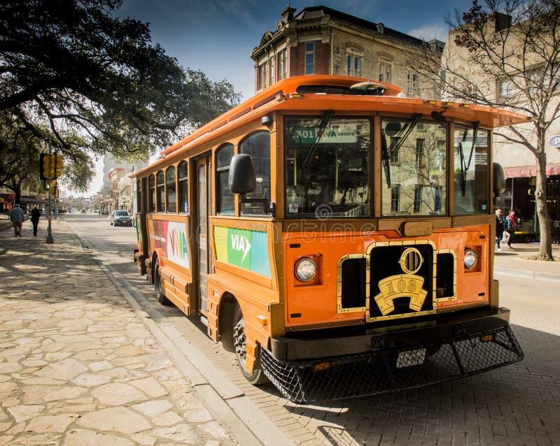Tramwaju samochód w w centrum San Antonio fotografia royalty free