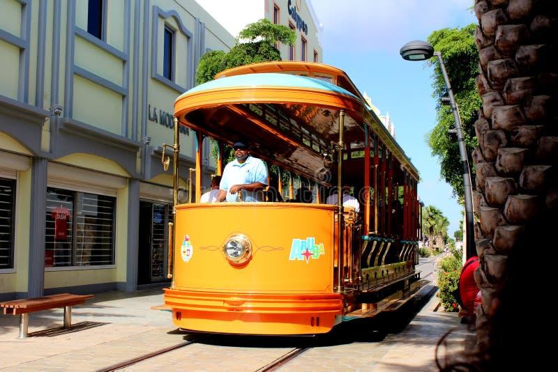 Tramwaju samochodu Aruba plaża obrazy royalty free