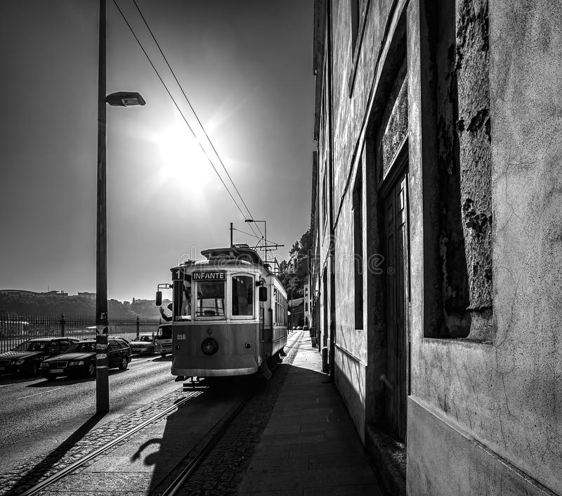 Tramway à Porto portugal images stock