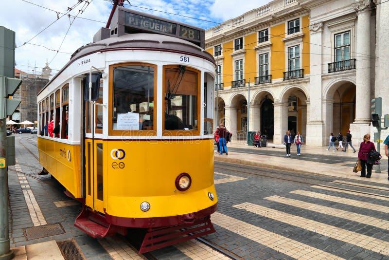 Tramway jaune, Lisbonne photos stock