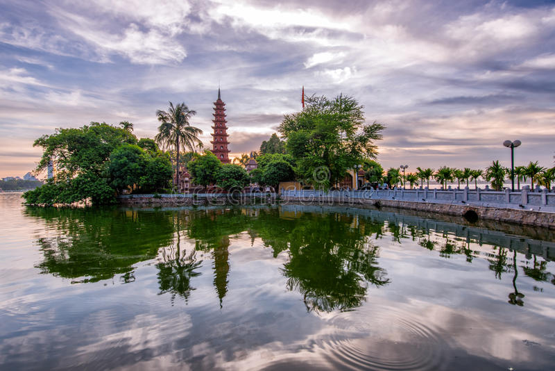 Tran Quoc Pagoda royalty-vrije stock foto's