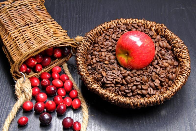 Tranbär och kaffe royaltyfri foto